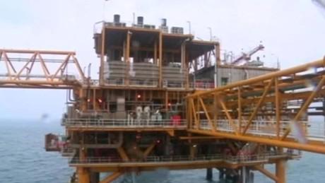 oil prices bid deal lklv defterios wrn_00013922