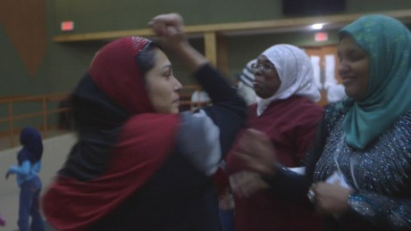 muslim women learn self defense class ts orig kyung lah_00002413.jpg