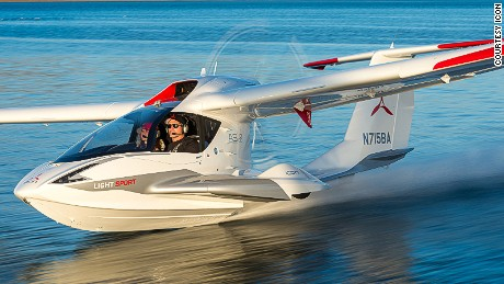 Icon A5 light aircraft.