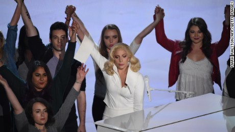 Singer Lady Gaga performs on stage at the 88th Oscars on February 28, 2016 in Hollywood, California. AFP PHOTO / MARK RALSTON / AFP / MARK RALSTON        (Photo credit should read MARK RALSTON/AFP/Getty Images)