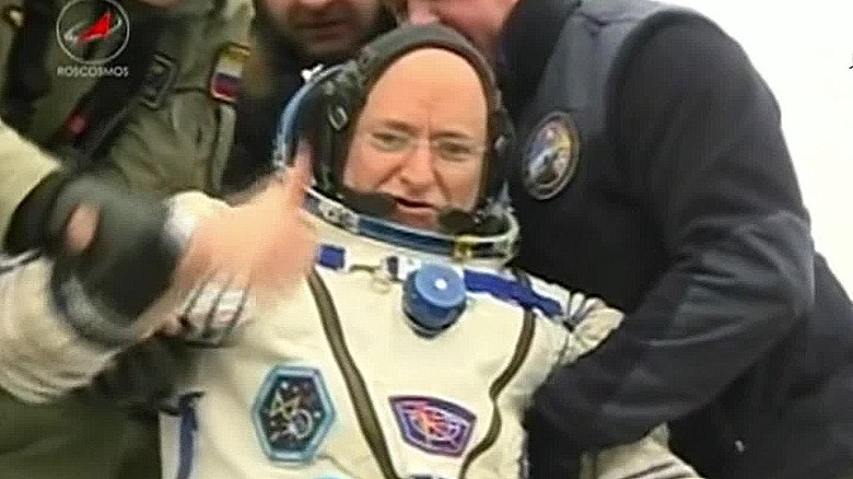 scott kelly returns from year in space nasa vo_00003601