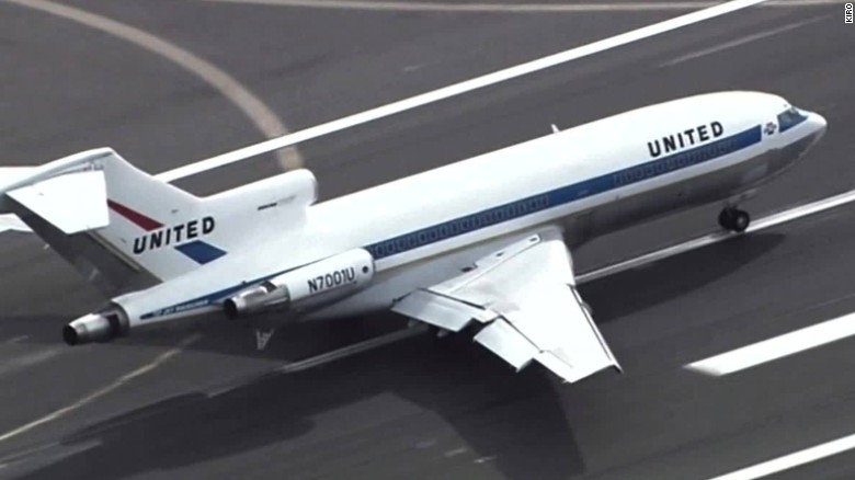 First boeing 727 final flight orig_00000000