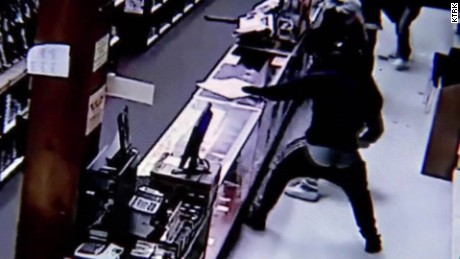 Gun store burglary arrests Houston Texas pkg_00003312