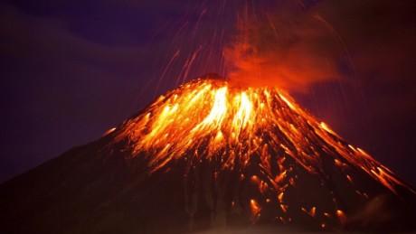 ecuador volcano eruption zc vstan orig _00000000.jpg
