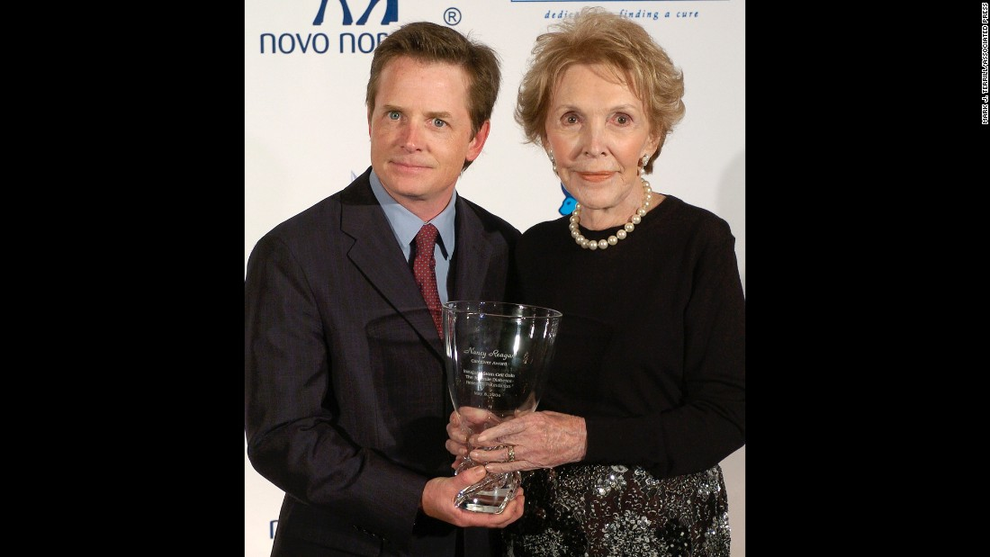Actor Michael J. Fox poses with Reagan at the Juvenile Diabetes Research Foundation's tribute to Nancy Reagan on May 8, 2004, in Beverly Hills, California. Reagan was honored for her commitment to stem cell research.