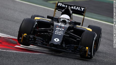MONTMELO, SPAIN - MARCH 02:  Kevin Magnussen of Denmark and Renault Sport drives during day two of F1 winter testing at Circuit de Catalunya on March 2, 2016 in Montmelo, Spain.  (Photo by Dan Istitene/Getty Images)