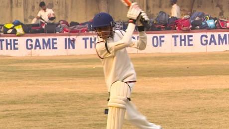 otr india cricket newton pkg_00004011.jpg