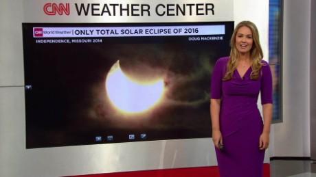 Solar Eclipse Preview _00000000