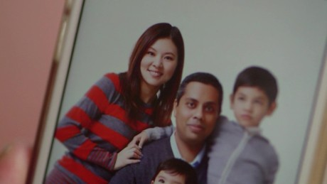 cnnee pkg saima mohsin mh370 segundo aniversario familia_00015724