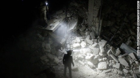Undercover in Syria: On Aleppo's 'Death Road'