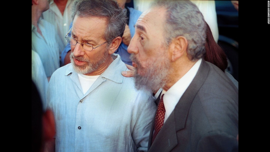 American movie director Steven Spielberg spent four days in Cuba in 2002. The trip, which had been authorized by the U.S. government as a cultural exchange, served as a way for the filmmaker to showcase some of his movies and meet with some Cuban filmmakers. Spielberg also dined with Fidel Castro, discussing arts, politics and history.