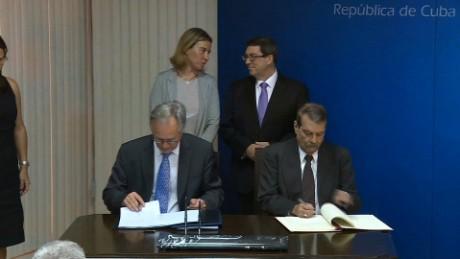 cnnee lkl act patrick oppman cuba y union europea firman acuerdo de diálogo_00014309