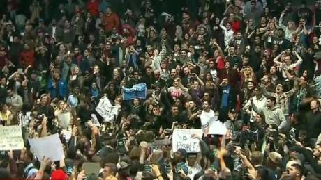 trump rally protest chaos erin acosta_00002930.jpg