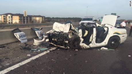 Deputy saves woman car going wrong way crash dies pkg_00004124.jpg