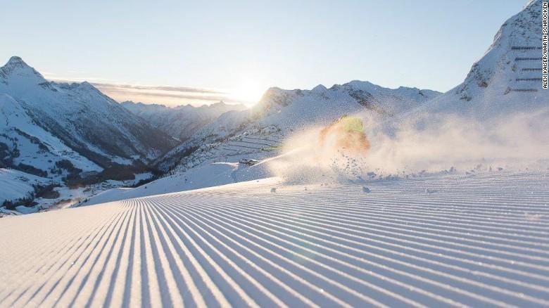 Avoid the Arlberg crowds at Warth-Schrocken.