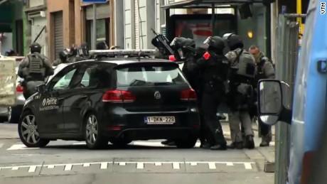 paris terror suspect salah abdeslam captured alive sot nr_00005218