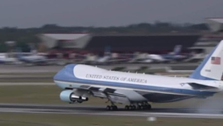 President Obama lands in Cuba_00001713.jpg