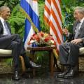 07 Obama Castro 0321