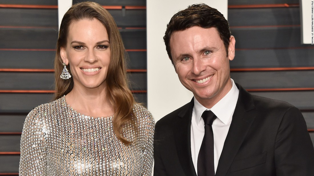 "Oscar-winning actress Hilary Swank and tennis pro Ruben Torres announced their engagement Tuesday in California. ""Sooooooo this happened!!!"" the ""Million Dollar Baby"" star said <a href=""https://twitter.com/HilarySwank/status/712369310778265601"" target=""_blank"">in tweeting a photo of her engagement ring</a>. Here's a look at other celebrity couples who have recently gotten engaged."