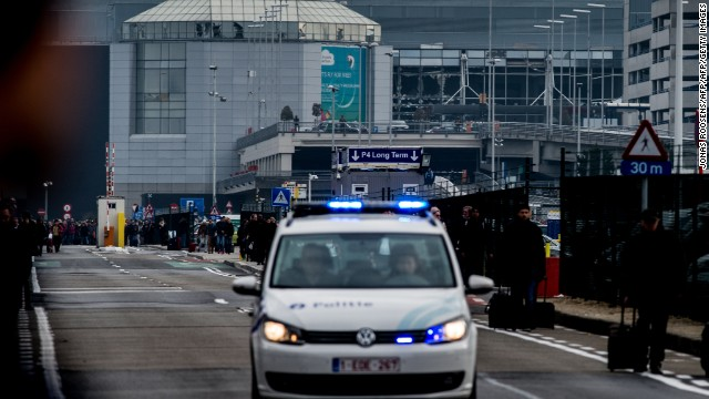 2 explosions at Brussels airport, 1 at subway station; reports of several killed