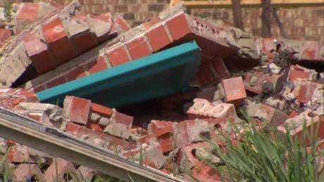 Wrong duplex is demolished texas pkg_00004027