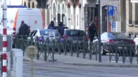 bruseels raid Schaerbeek explosions pleitgen _00000420