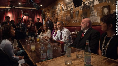 President Obama meets in March with former prisoners who  received commutations