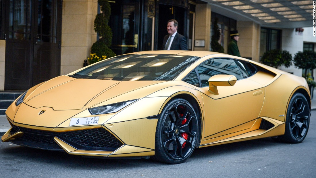 Super-rich Saudi's Gold Cars Hit London