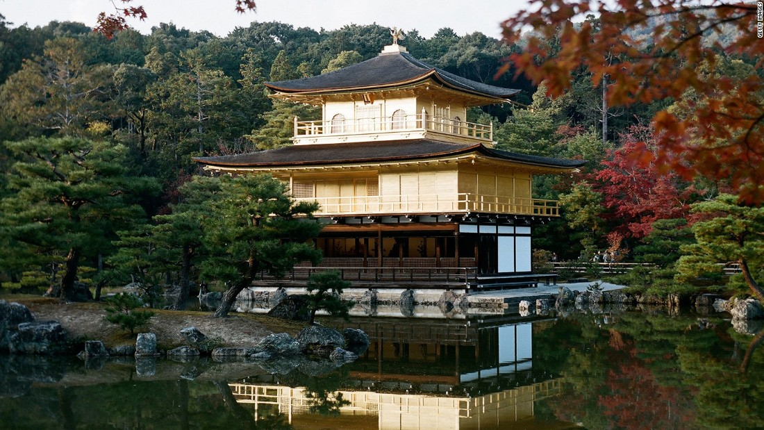 With its gold leaf facade and mesmerizing reflecting pool this temple