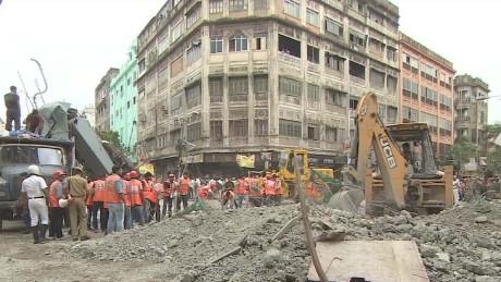 india bridge collapse eyewitness sumnima udas pkg_00014718.jpg