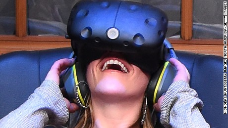 Can virtual reality relieve pain?
