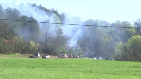Tennessee Sightseeing Helicopter Crash sot_00002602.jpg