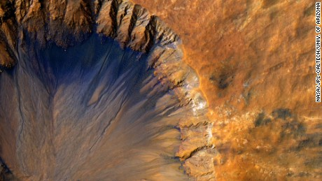 Bombardments likely enhanced conditions for life on Mars, study finds