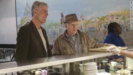 Anthony Bourdain: Parts Unknown - 402 - Chicago  Bruce Elliott takes me to Valois Restaurant for some good cafeteria-style food.