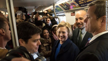 Hillary Clinton rides the subway, New Yorkers unfazed