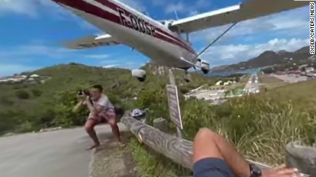 plane nearly clips tourist vause intv_00000802.jpg