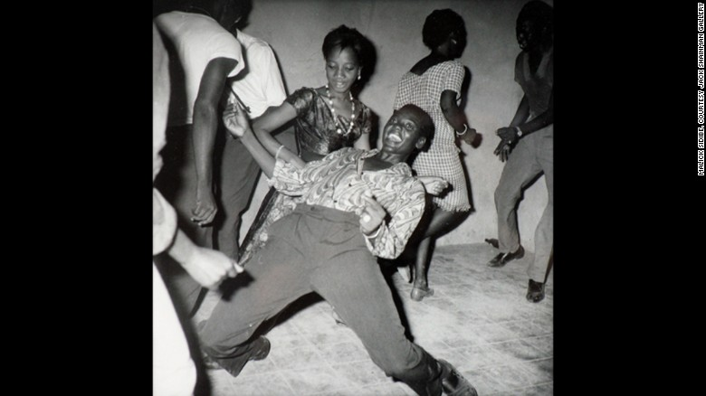 Malick Sidibé spent his nights photographing Mali's confident revelers.