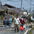 01.japan quake 0417