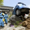 03 japan quake 0418