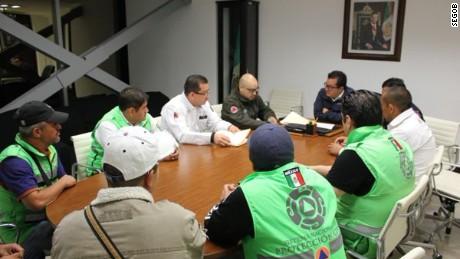 cnnee cafe intvw jaime de arenal embajador de mexico en ecuador terremoto _00004706