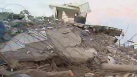 earthquake rubble looklive valdes cnn_00003506