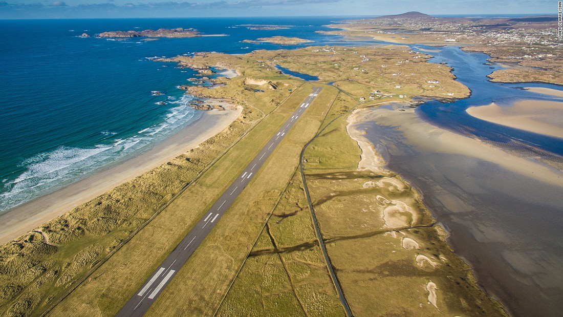 World's 10 most scenic airport approaches
