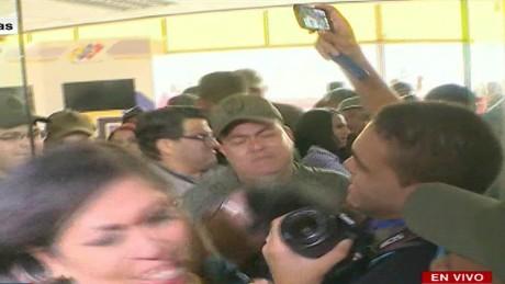cnnee panorama vo venezuela cne diputados encadenados_00005129