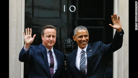 President Barack Obama and Britain's Prime Minister David Cameron wave from the steps of 10 Downing Street, London before a meeting Friday, April, 22, 2016. (AP Photo/Kirsty Wigglesworth)