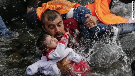 photographer award migrant work intv_00001330.jpg
