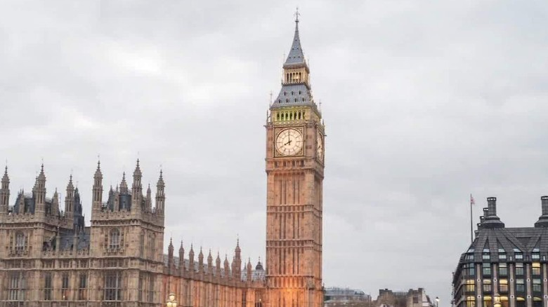 big ben repairs london pkg robertson wrn_00000000