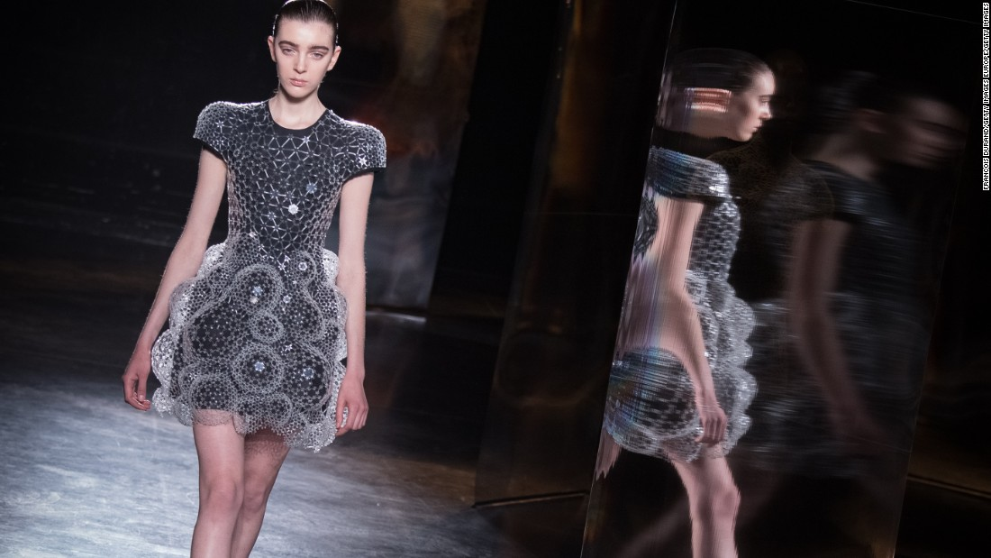 Iris van herpen when fashion meets science for High couture