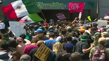 cnnee brk disturbios en california donald trump republicanos _00104205