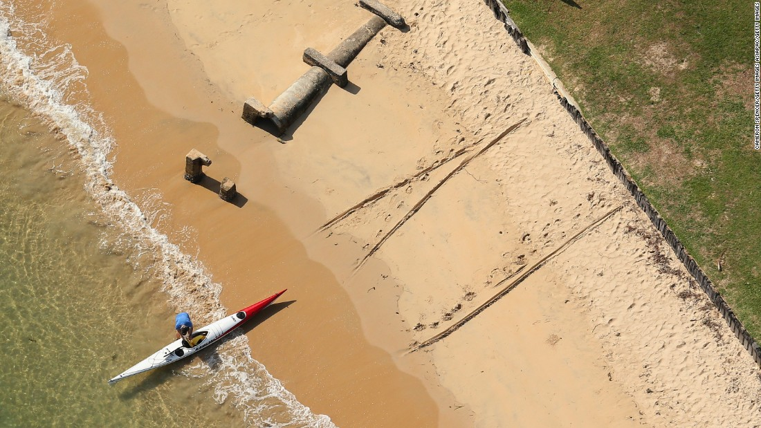 sydney hobart race maximum wave height - photo#20