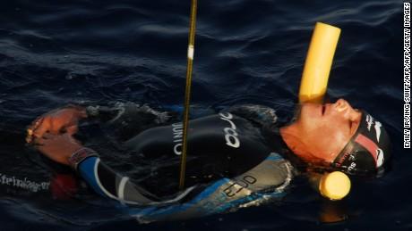 William Trubridge: Freediver sets new world record